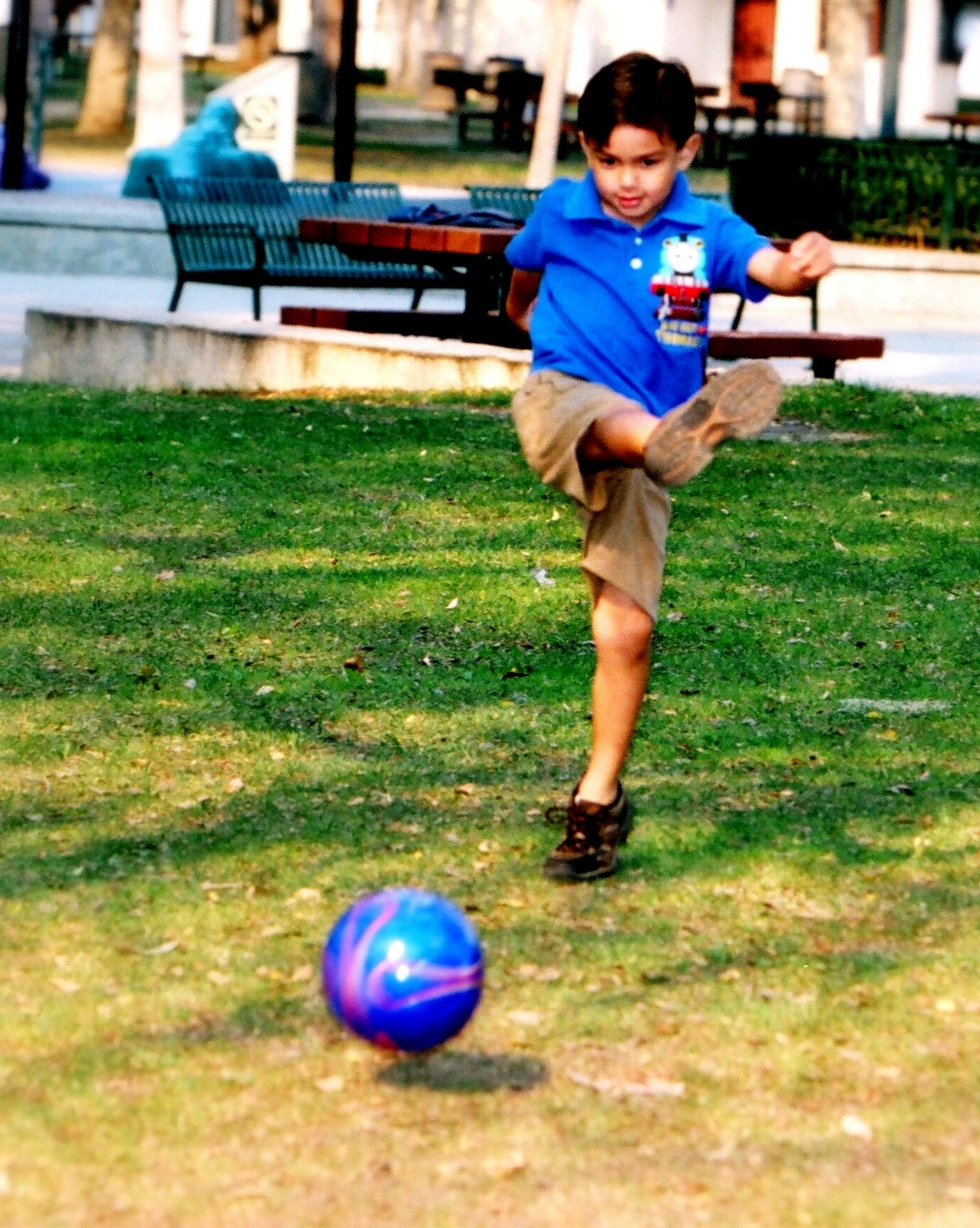 _sanson_kicking__11-19-2008
