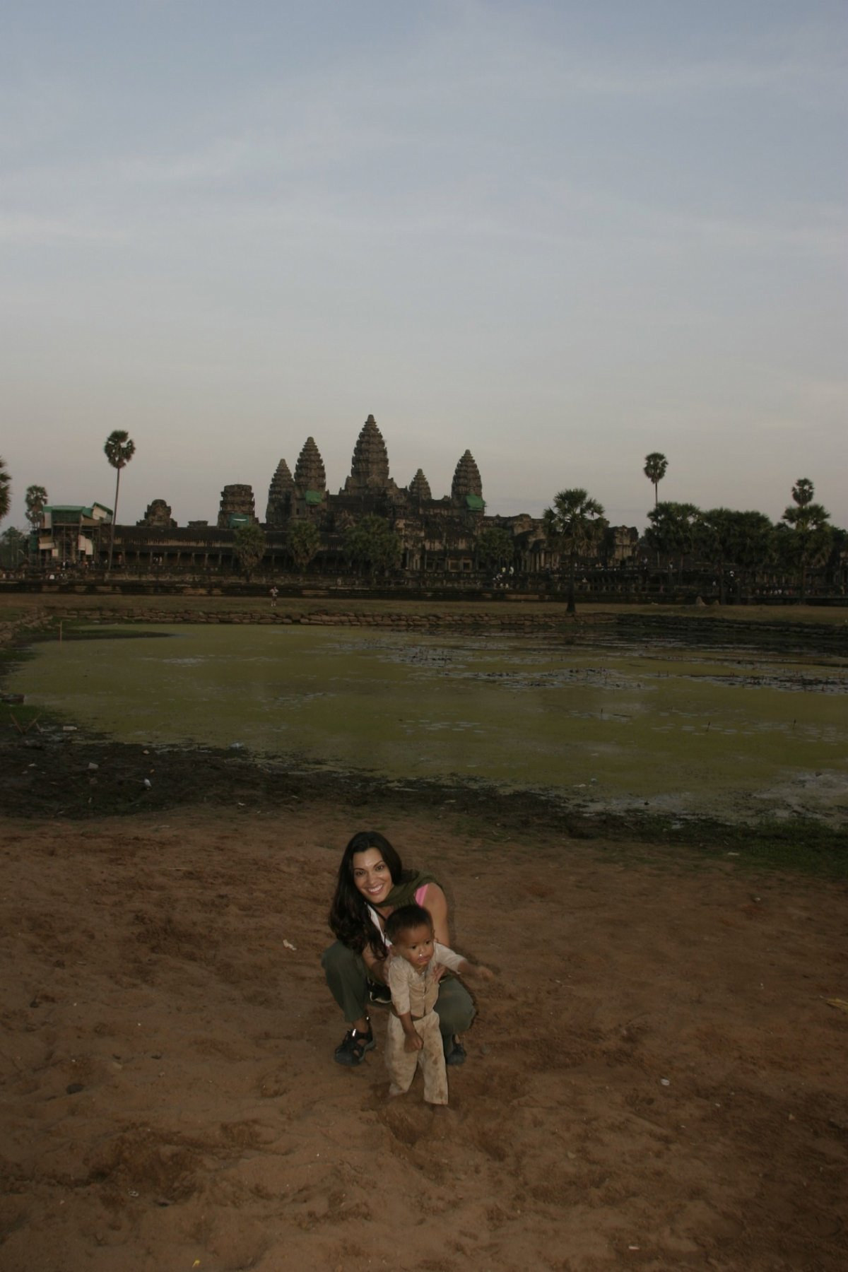 cat-with-baby-angkor-wat-temple10-23-2011