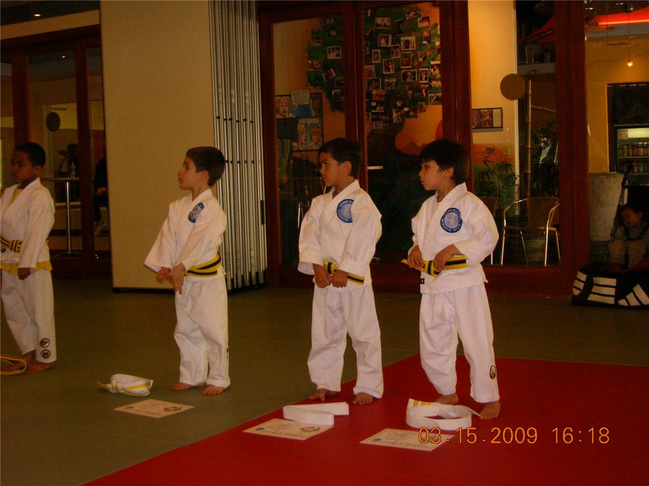 dawn-barnes-karate-kids