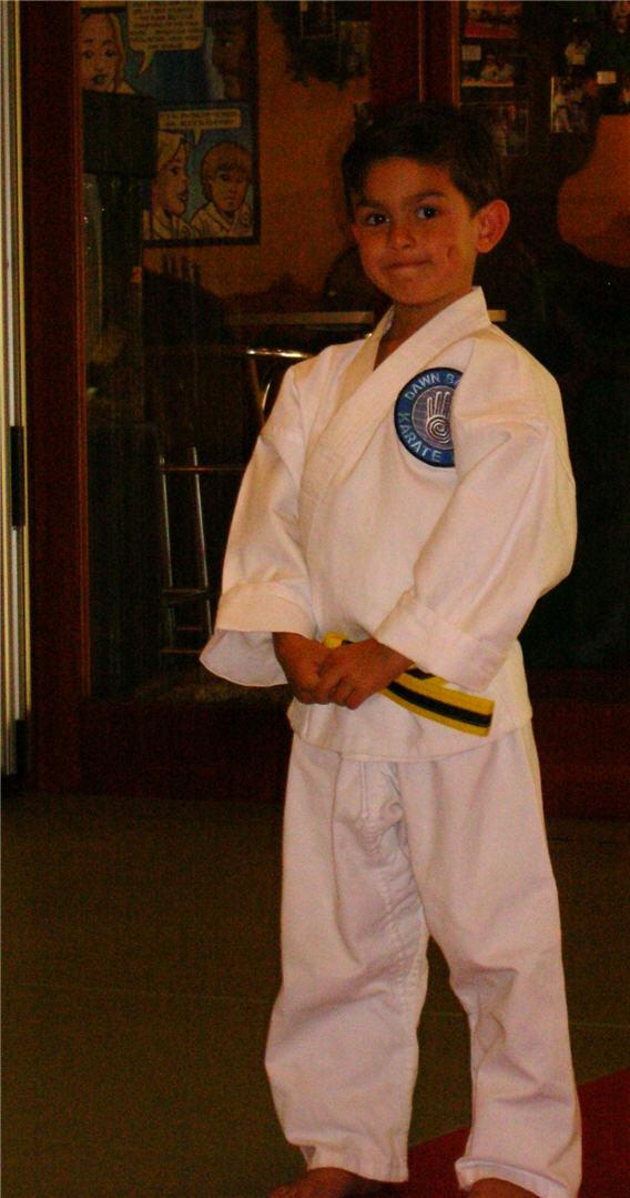 shotokan-karate-class-yellow-belt